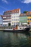 Acceso de Nyhavn en Copenhague Imagen de archivo libre de regalías