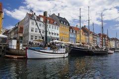 Acceso de Nyhavn en Copenhague Imágenes de archivo libres de regalías