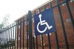 Acceso del sillón de ruedas fotografía de archivo libre de regalías