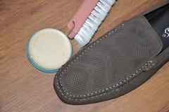Acceso del stilllife del brushShoe del cepillo de ShoePolish de los zapatos Imagen de archivo