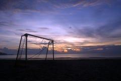 Accesorio del deporte en la puesta del sol fotografía de archivo libre de regalías