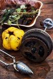 Accesorios al té de la fruta del té en estilo del vintage Fotografía de archivo libre de regalías