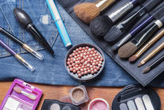 Accesorios cosméticos femeninos Imagenes de archivo