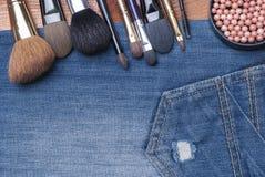 Accesorios cosméticos femeninos Foto de archivo libre de regalías