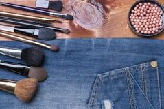 Accesorios cosméticos femeninos Fotografía de archivo