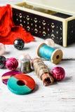 Accesorios costurera y artículos de la costura Fotografía de archivo libre de regalías