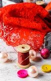Accesorios costurera y artículos de la costura Imagen de archivo libre de regalías