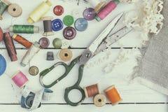 Accesorios costurera y costura Fotos de archivo