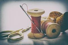 Accesorios de costura, herramientas Imagen de archivo libre de regalías