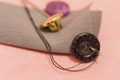 Accesorios de costura Todo para coser a mano Imagenes de archivo
