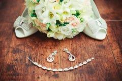 Accesorios de la boda de las mujeres Imágenes de archivo libres de regalías