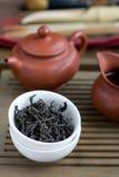 Accesorios de la ceremonia de té del chino tradicional Foto de archivo