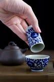Accesorios de la ceremonia de té del chino tradicional Fotografía de archivo libre de regalías