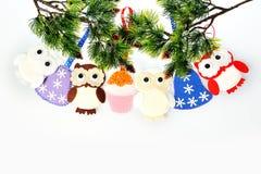 Accesorios de la ejecución del ornamento de la Navidad Imágenes de archivo libres de regalías