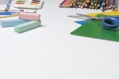 Accesorios de la escuela para la creatividad Fotos de archivo libres de regalías