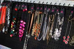 Accesorios de la joyería de los collares para la mujer, muchacha Imagen de archivo libre de regalías