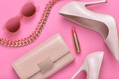 Accesorios de la mujer del diseño de la moda fijados mínimo Arte Imagen de archivo libre de regalías