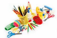Accesorios de la oficina y del estudiante aislados. Imagen de archivo libre de regalías