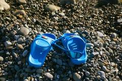 Accesorios de la playa de los niños Foto de archivo libre de regalías