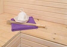 Accesorios de la sauna en el interior Imagen de archivo