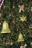 Accesorios del árbol de navidad Foto de archivo libre de regalías