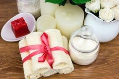 Accesorios del baño Items de la higiene personal Imagen de archivo libre de regalías