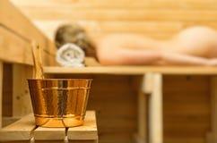 Accesorios del balneario en sauna imágenes de archivo libres de regalías