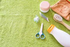 Accesorios del bebé para el cuarto de baño Imagen de archivo libre de regalías