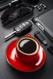 Accesorios del café y del hombre de negocios Fotos de archivo libres de regalías