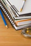 Accesorios del cuaderno y de la escuela Imagenes de archivo