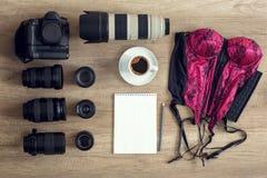 Accesorios del fotógrafo del ocio de la visión superior para la fotografía Imagen de archivo libre de regalías