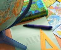 Accesorios del globo y de la escuela Imagenes de archivo