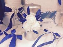 Accesorios del planeamiento de la boda para la novia fotos de archivo
