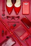 Accesorios del rojo de la mujer Imagen de archivo libre de regalías