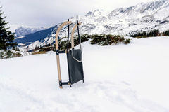 Accesorios del trineo para el juego de la nieve Fotos de archivo libres de regalías