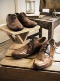 Accesorios del varón del vintage Zapatos de cuero Fotos de archivo