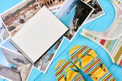 Accesorios del verano, fotos de centros turísticos Foto de archivo