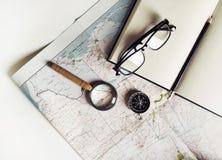 Accesorios del viaje, efectos de escritorio Fotos de archivo libres de regalías