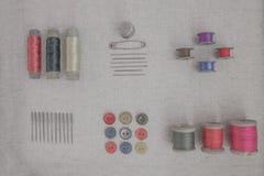 Accesorios del vintage para coser Fotografía de archivo