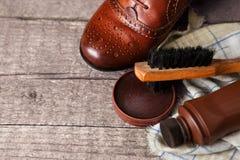 Accesorios del zapato y de la limpieza del zapato Fotos de archivo libres de regalías
