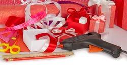 Accesorios a embalar de regalos Imagen de archivo