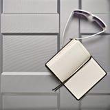 Accesorios en la maleta Imagen de archivo