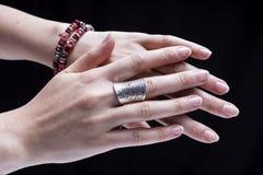Accesorios femeninos de la mano Fotografía de archivo libre de regalías