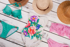 Accesorios femeninos de la playa de la moda Foto de archivo