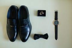 Accesorios hermosos y elegantes del novio Imagen de archivo libre de regalías