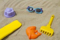 Accesorios para el bebé de la playa Foto de archivo libre de regalías