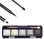 Accesorios para el maquillaje ahumado de los ojos Foto de archivo libre de regalías