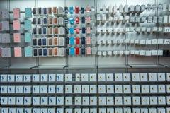 Accesorios para el reloj y el iPhone de Apple Imagenes de archivo
