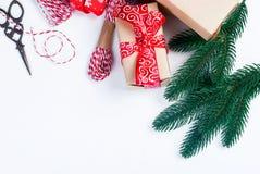 Accesorios para embalar regalos de Navidad creativos Fotografía de archivo