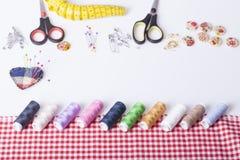Accesorios para la costura de la mano Imagen de archivo